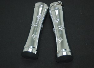 Grips, Chrome, Magnum Gothic Cross