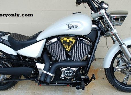 3d skull wedge Installed Victory Motorcycle Black base yellow Backer Black Artwork