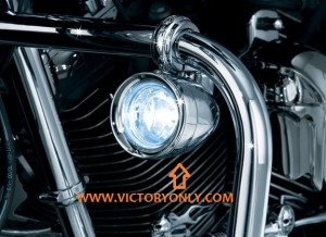 engine_guard_mounted_driving_lights_victory_motorcycle