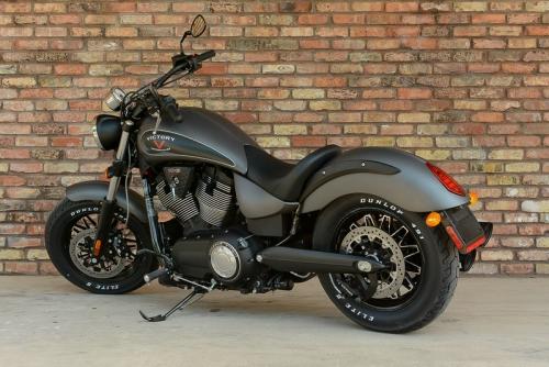 gunner_exhaust_victory_motorycle