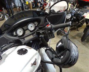 1006-B lid lock black victory motorcycle 2