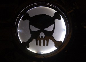 Lighted Engine Cover, Skull and Bones
