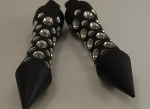 spike end flat black hole silencer grips pegs victory motorcycle 001