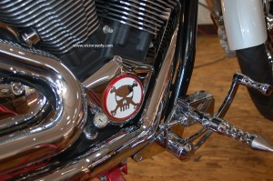 right_side_engine_cover_victory_motorcycle_red_base_installed